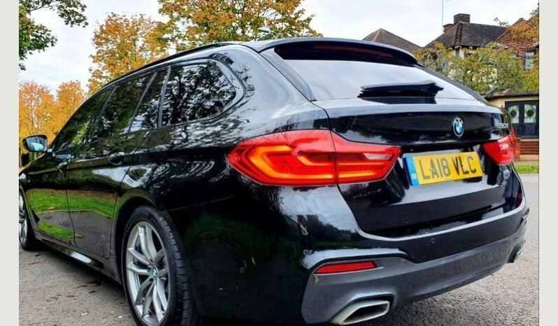BMW 5 Series 2018 2.0 520d M Sport Touring Auto full