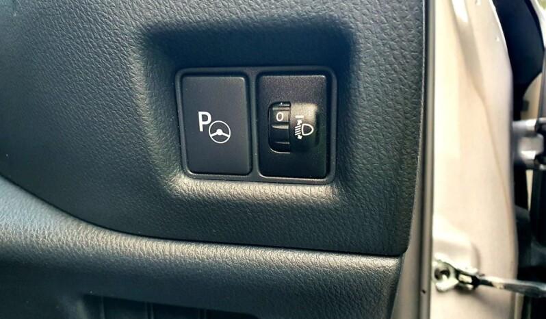 Toyota C-Hr 68 2018 1.8 VVT-h Design CVT full