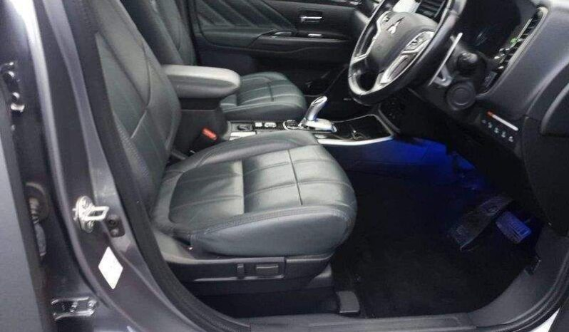 Mitsubishi Outlander 2017   2.0h 12kWh GX5hs CVT 4WD full